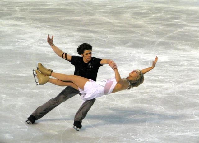 ice-skating-583949_640